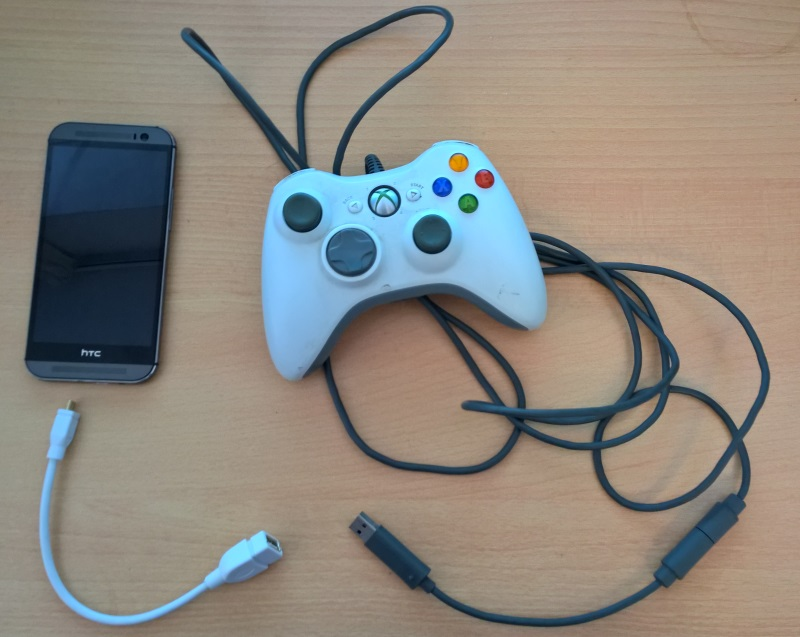 Android phone connected to an Xbox360 controller